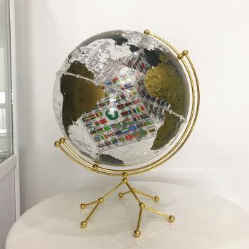 透明地球仪