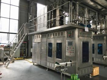 乳制品生产设备无菌纸盒灌装机