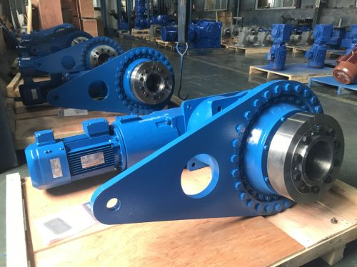 Q3KD19型直交轴式扭力臂安装行星齿轮减速机